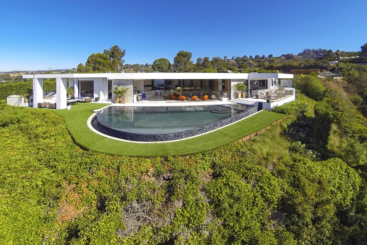 Beverly-Hills-mansion-overview