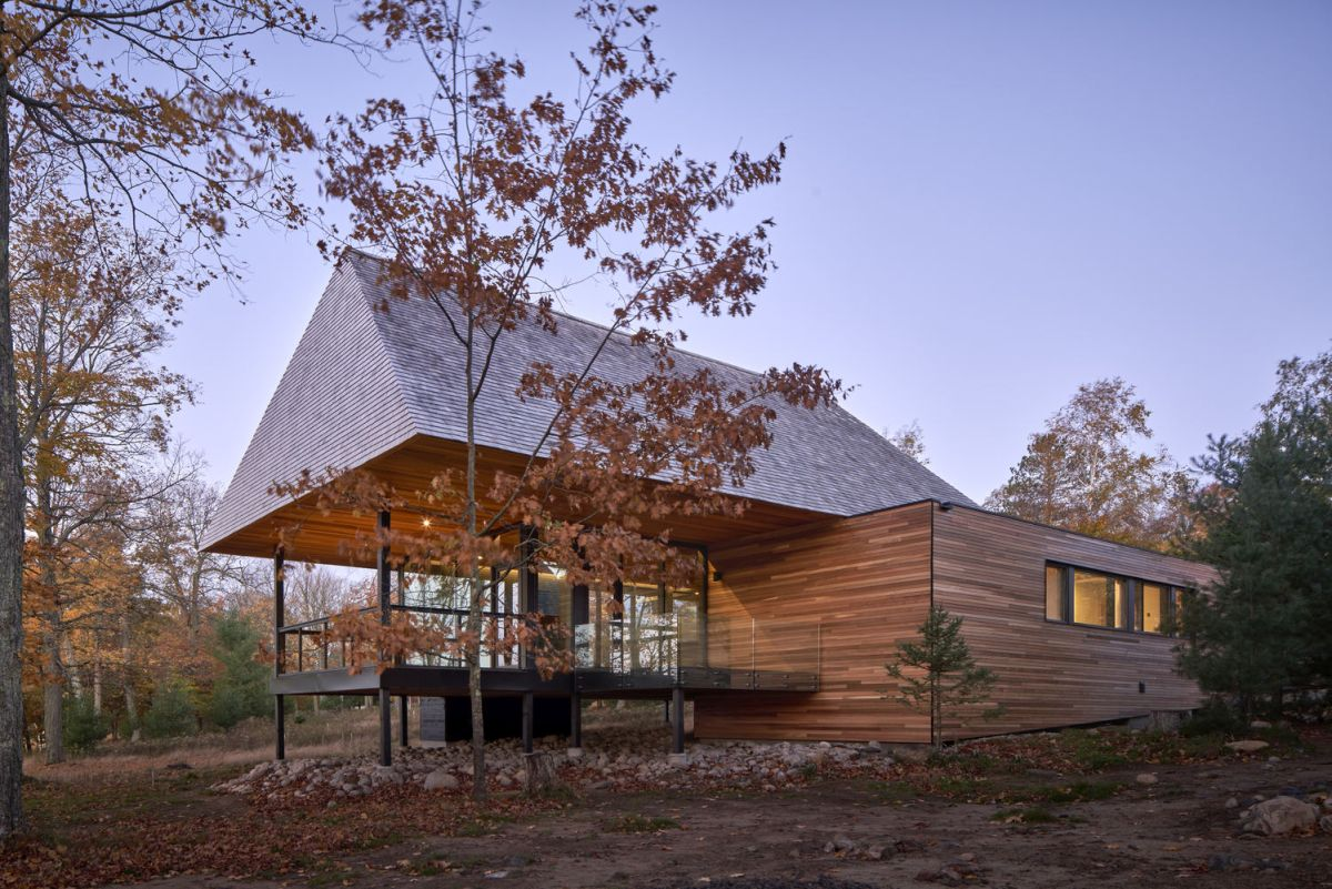 The architectural aesthetic of the cabins is modern and simple yet at the same time intriguing