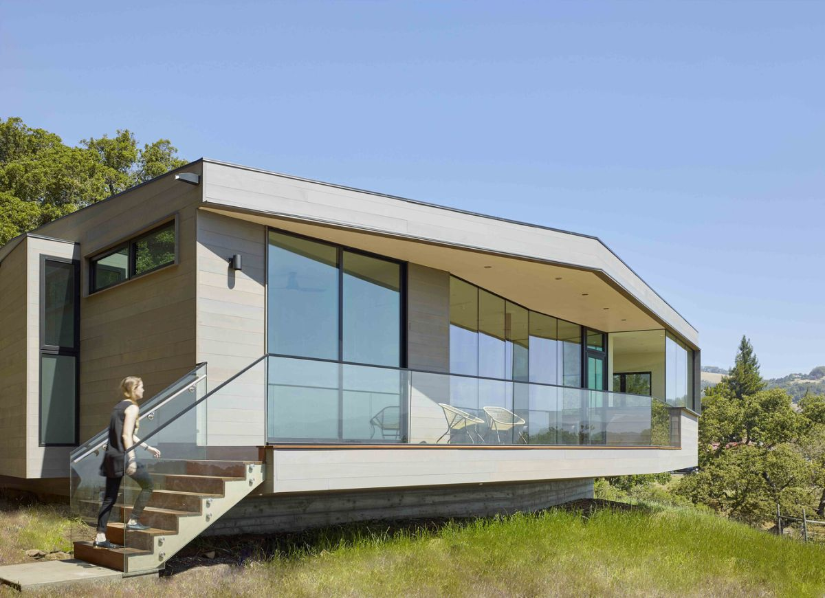 Box on the Rock in Sonoma Valley glass terrace with staircase