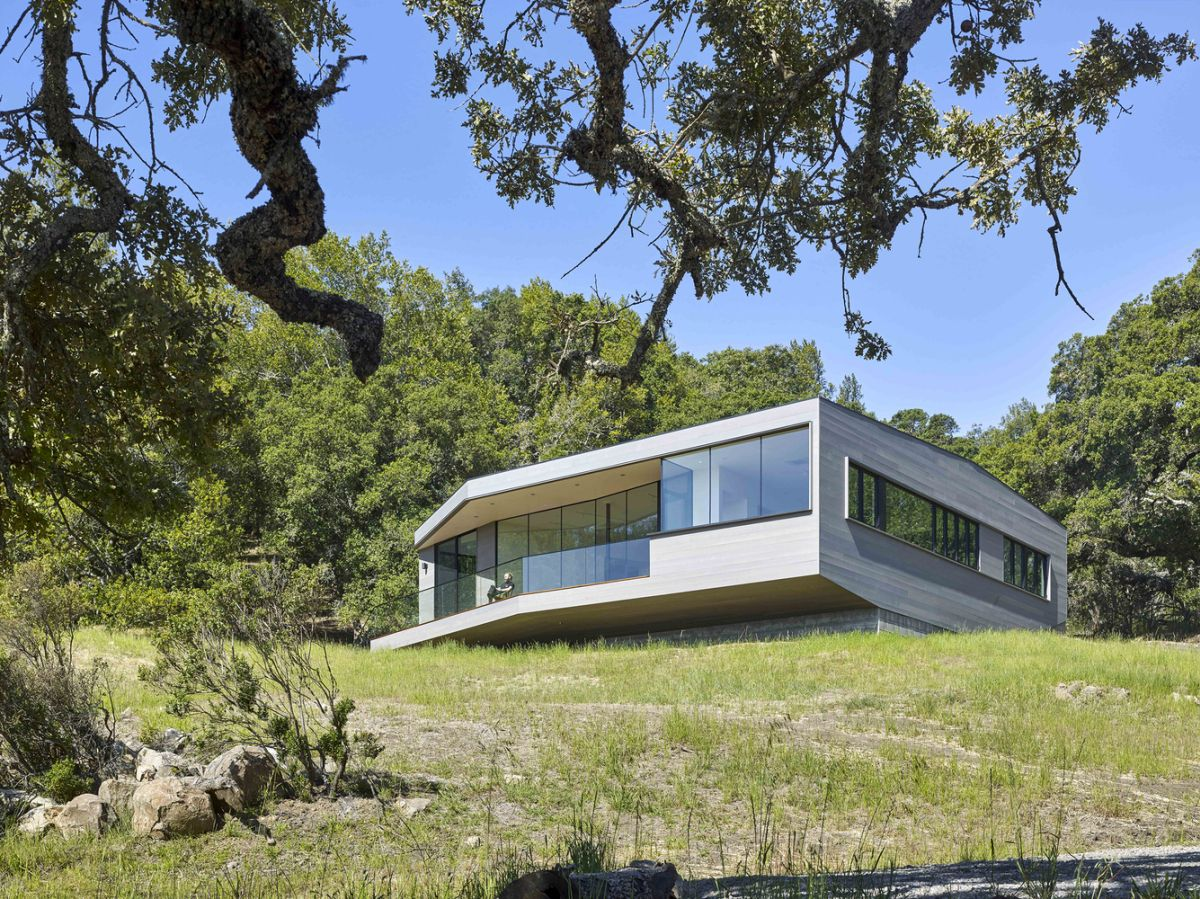 Box on the Rock in Sonoma Valley overall architecture