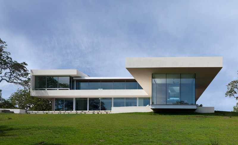 -California-vineyard-house-overview1