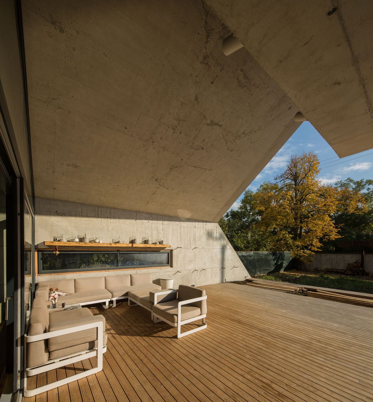 Casa G3 in Otopeni outdoor living area