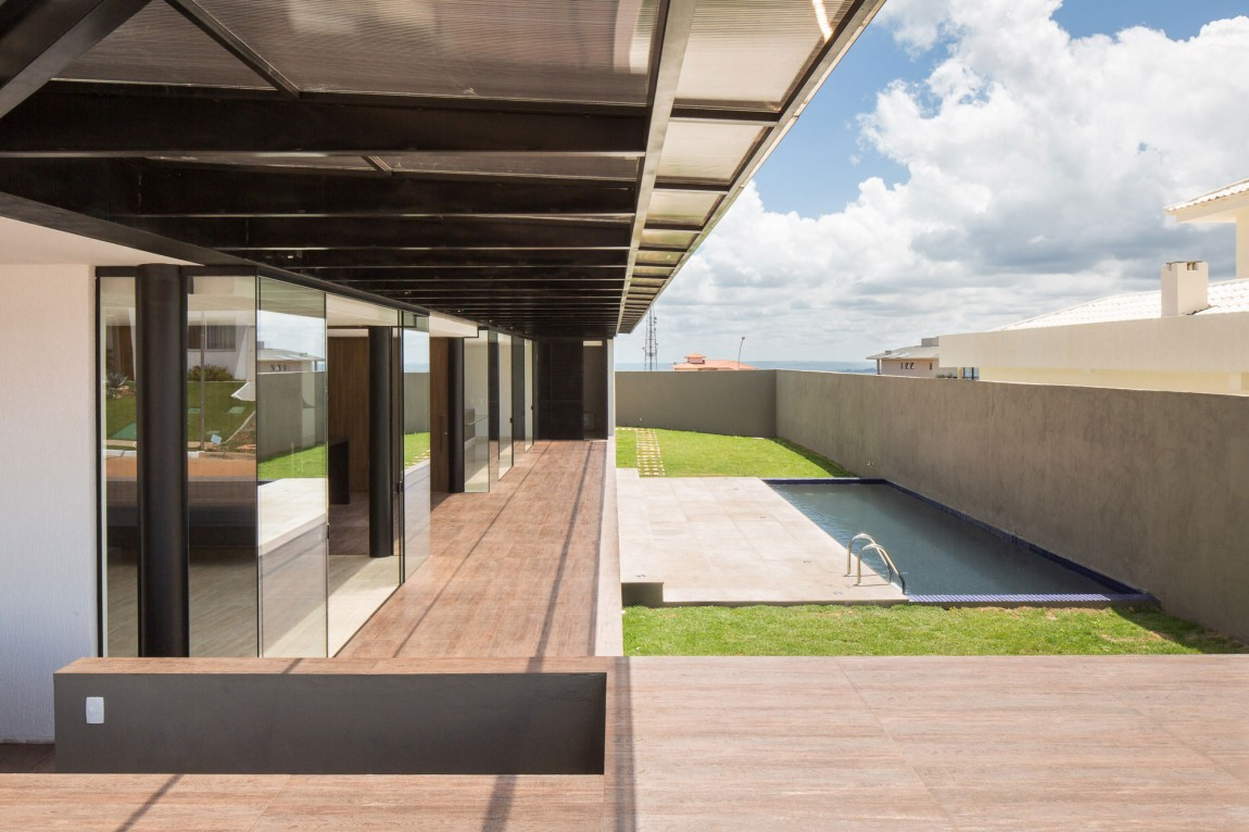 Casa MCO pool and terrace