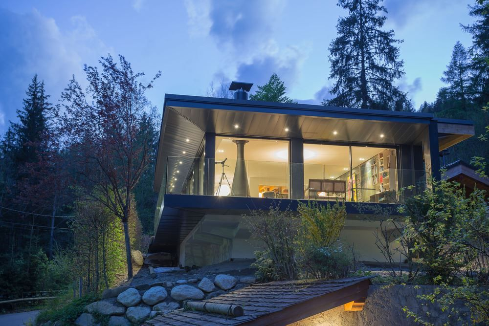Chalet SOLEYÂ in France perched on site
