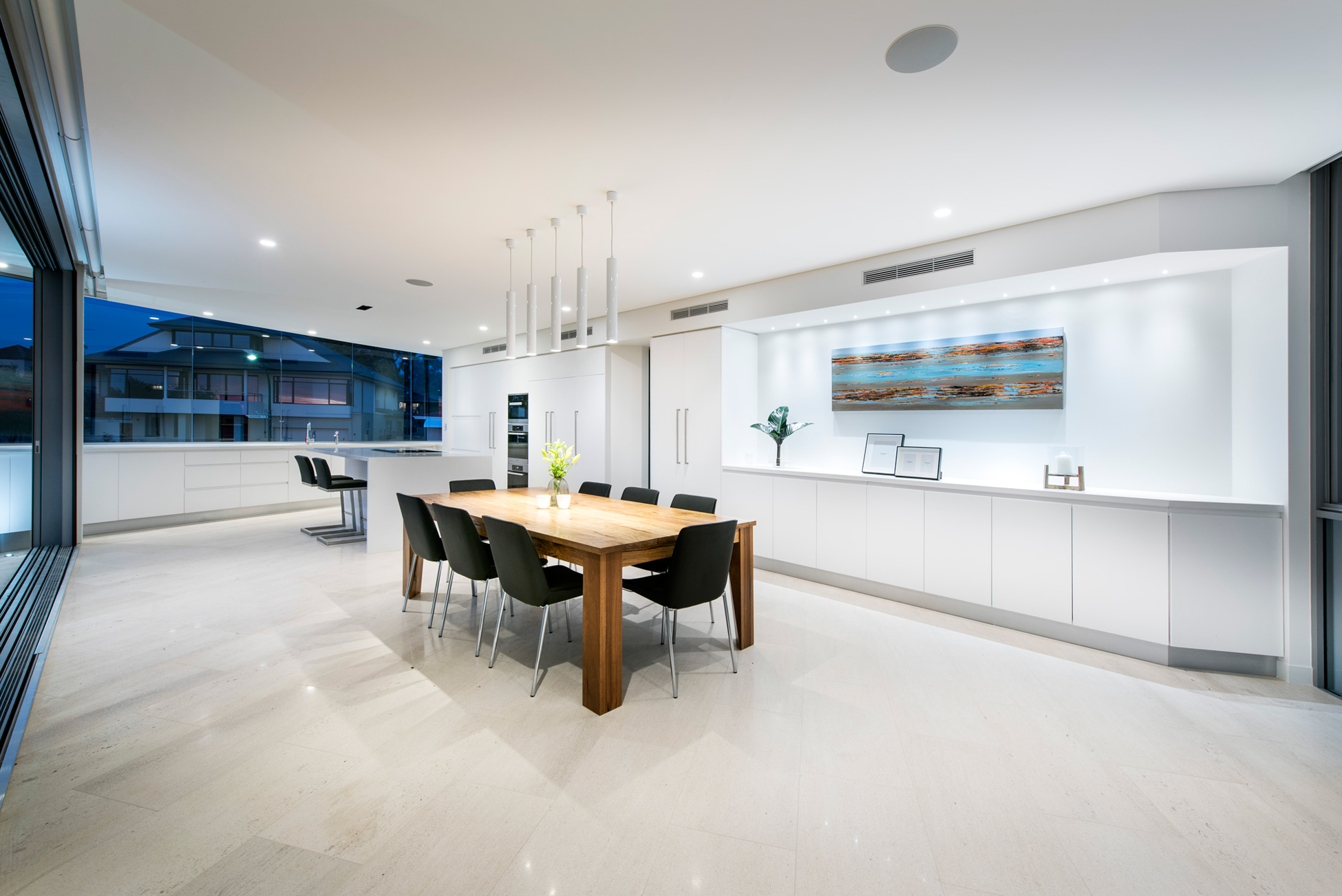 City-Beach-residence-kitchen-and-dining-space