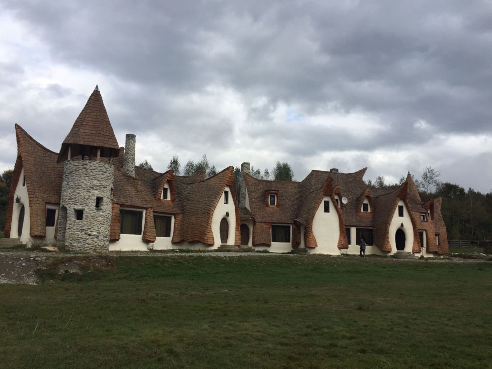 Clay castle sibiu picture -Valley of the Fairies