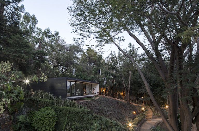 Contemporary cabin in Mexico led lights