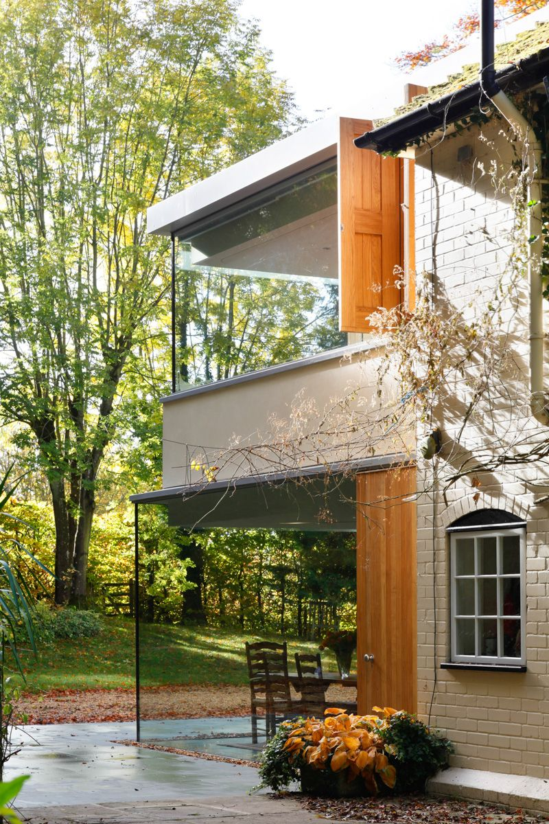 Corner Window - A Cantilevered Glazed Extension by Stephen Marshall Architects