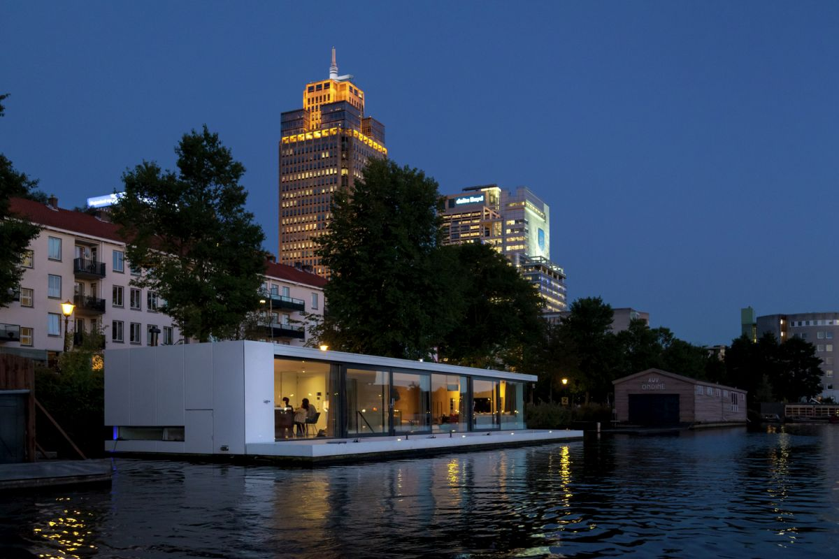 Floating Amsterdam home at night