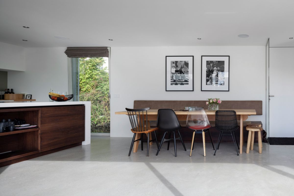Floating Amsterdam home kitchen and dining area