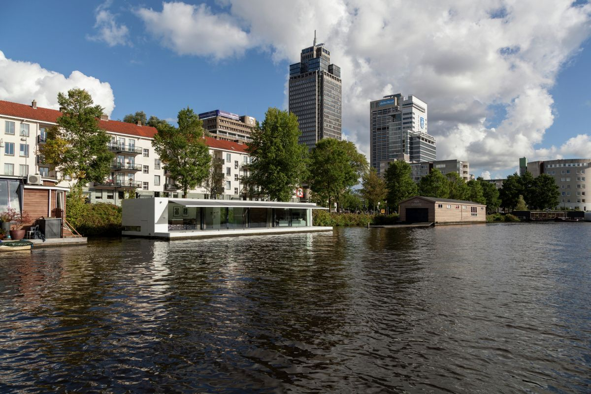Floating Amsterdam home viewed from a distance