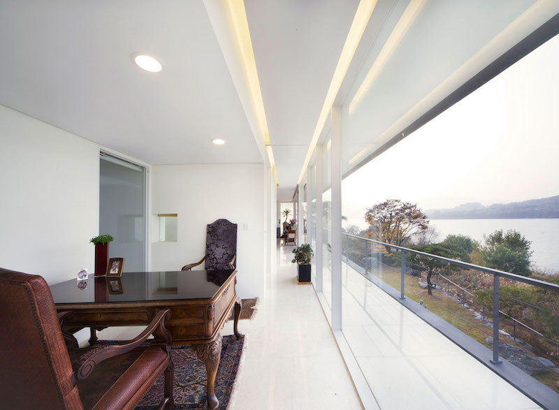 Floating House study room
