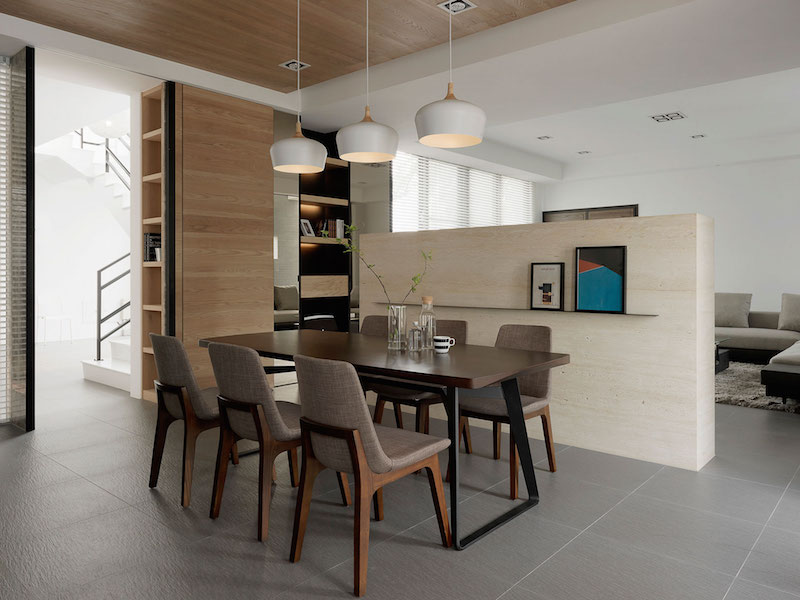 Four Season House dining space furniture