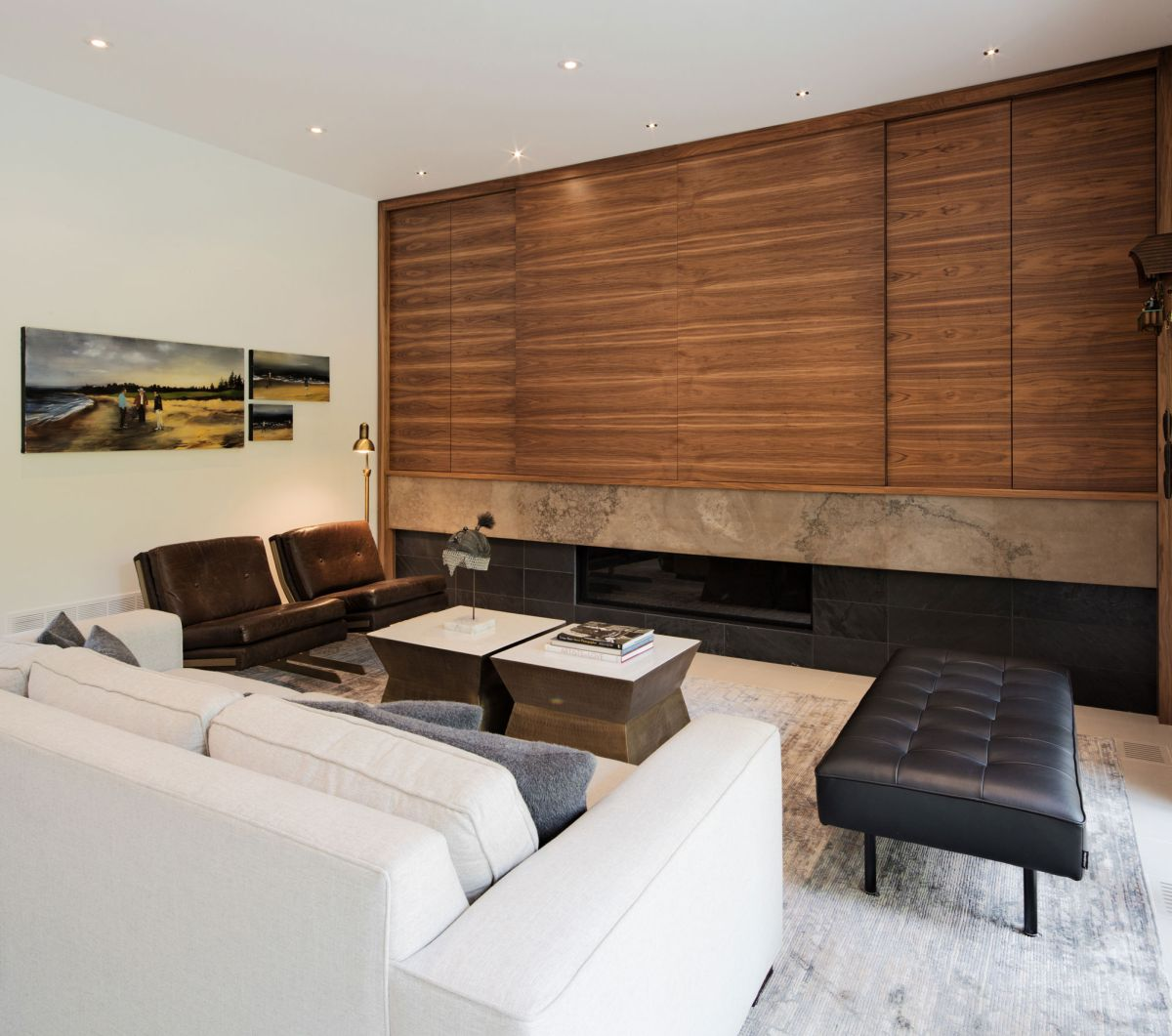 Heathdale Residence in Toronto family room seating area
