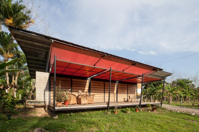 House V red canopy