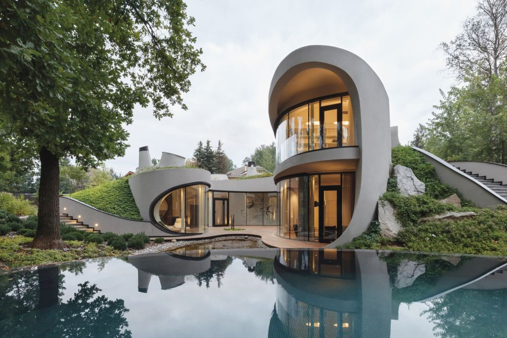 By artificially shaping the landscape the architects were able to create the ultimate organic design