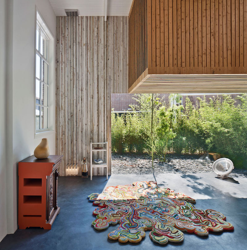 House of Rolf carpet made of blankets