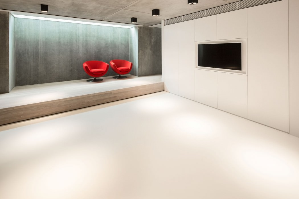 Huizen-modern-country-home-home-theater