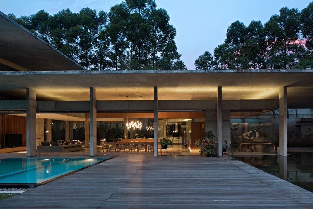 The house also has a big terrace which acts as a second living room and has access to the swimming pool