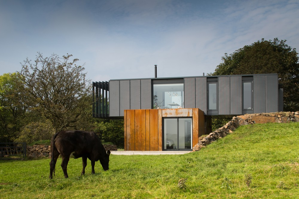 Irish-container-home-overview4