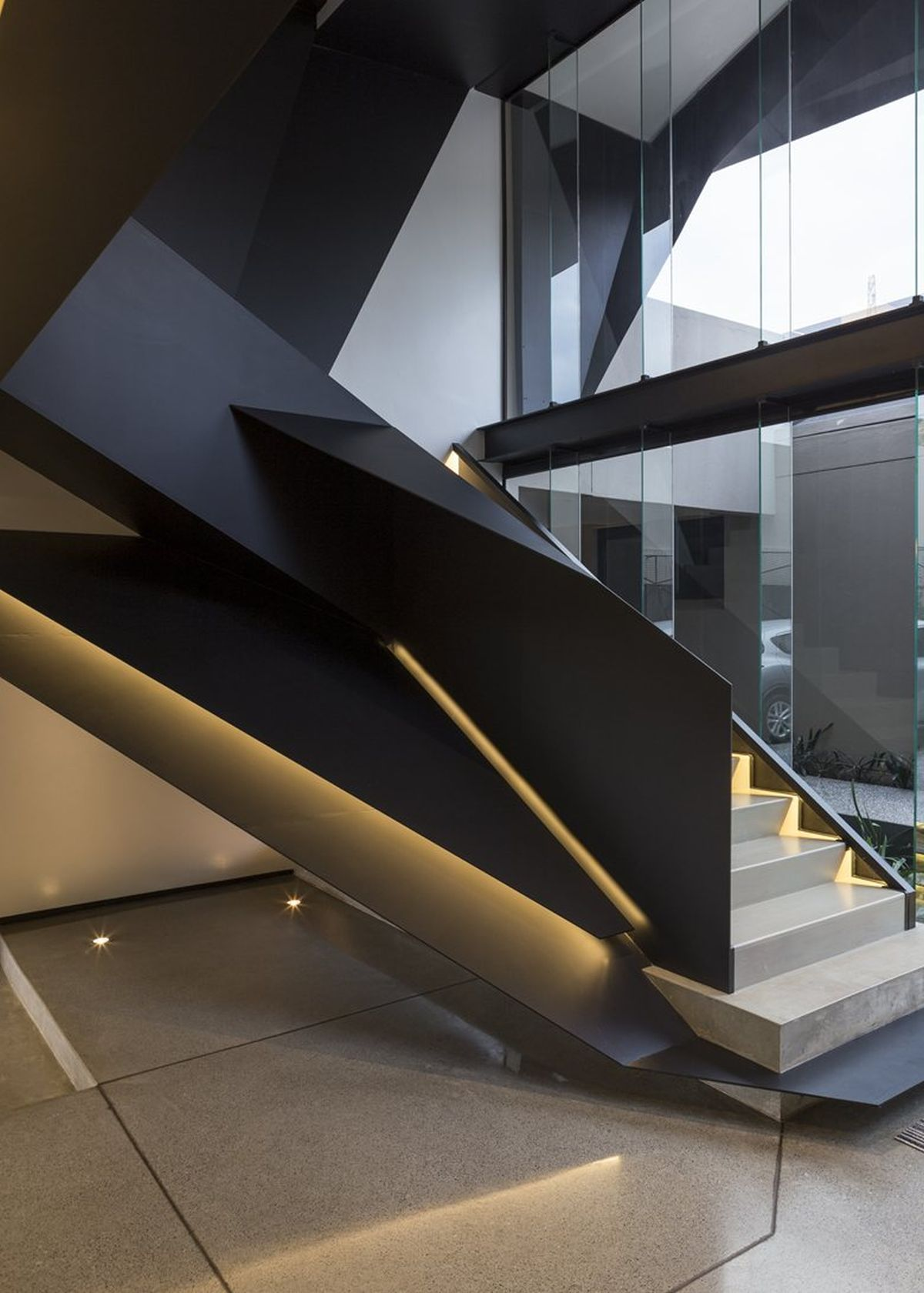 Kloof Road House project sculptural staircase closeup