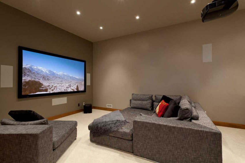 Lakecrest-Residence-home-theater