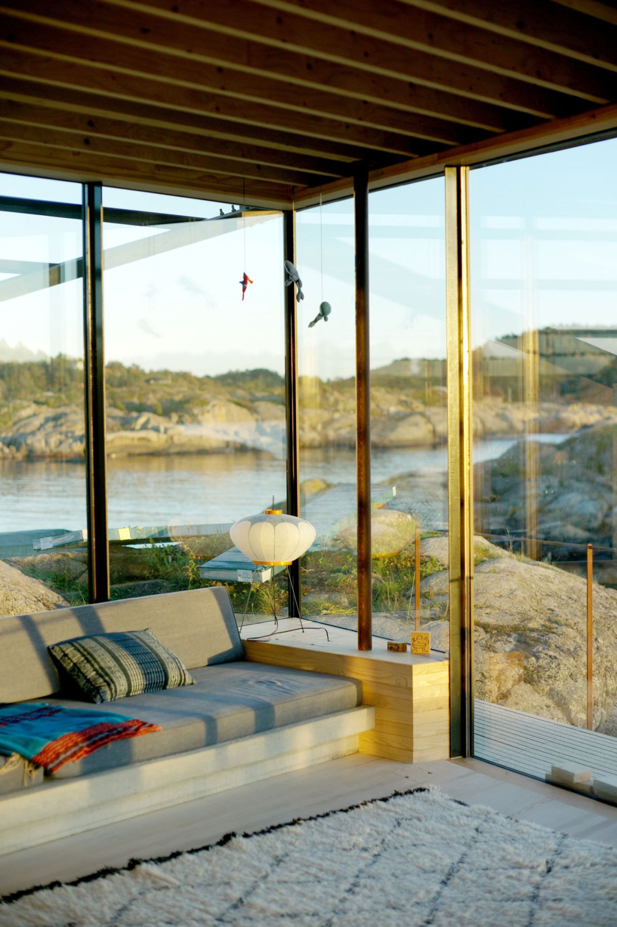 Lille Arøya holiday home living space