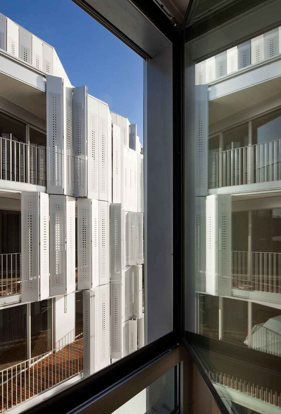 M9-C Building by BP Architectures Facade Window