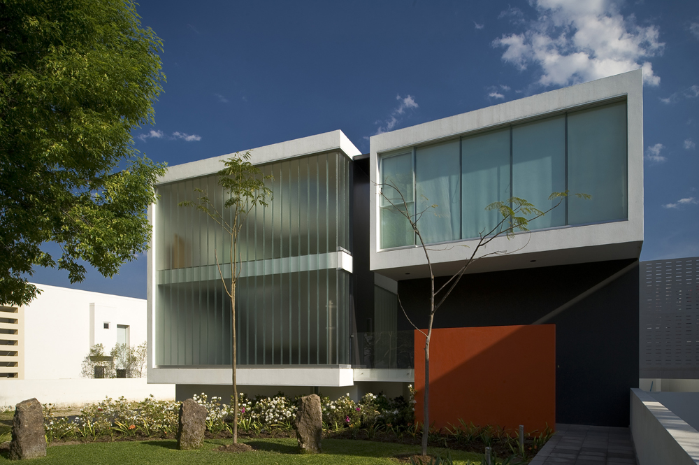 MO House by LVS Architecture & JC NAME Arquitectos22