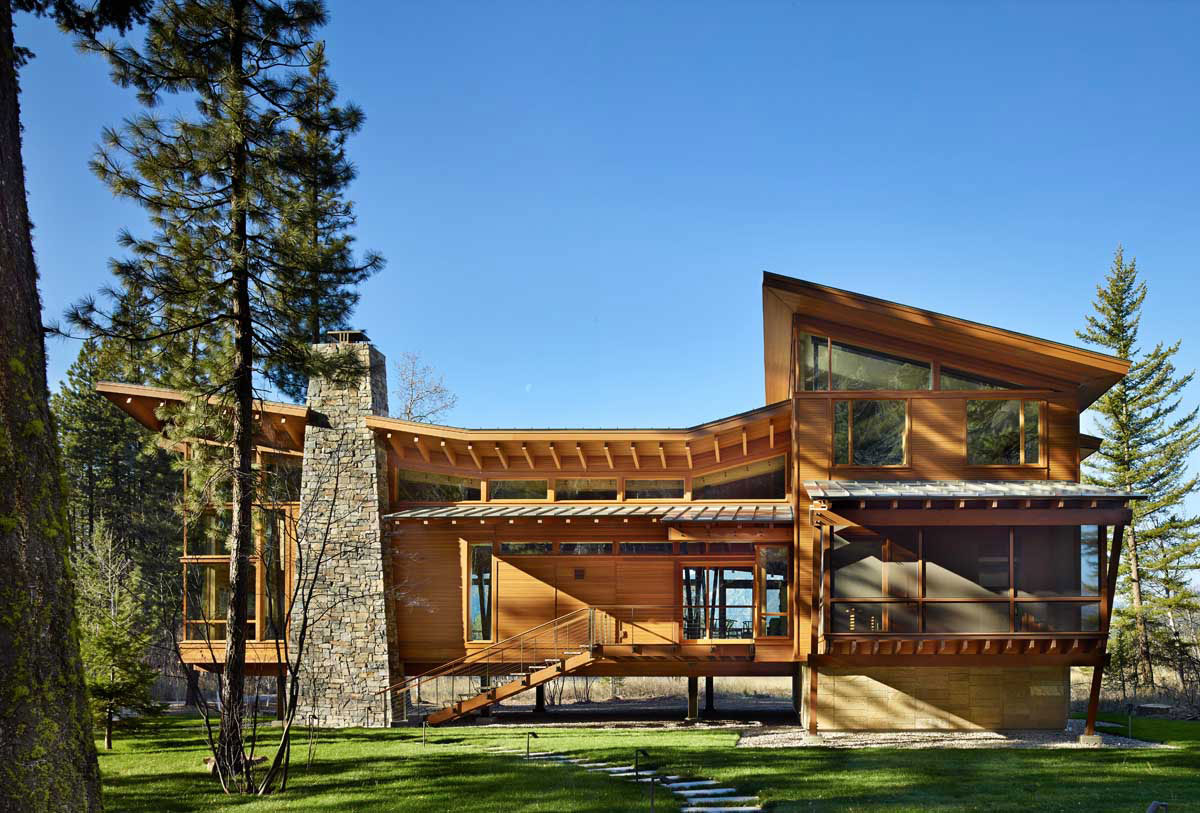 Mazama-House-view-from-front