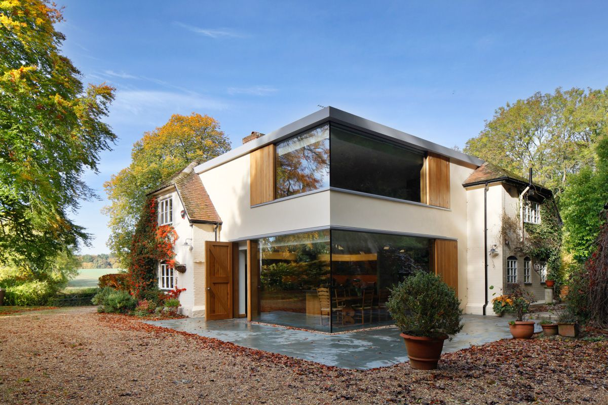 Modern Cantilevered Glazed Extension by Stephen Marshall Architects