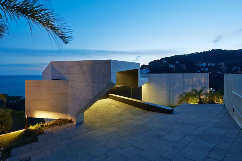Modern residence in Catalunya architecture