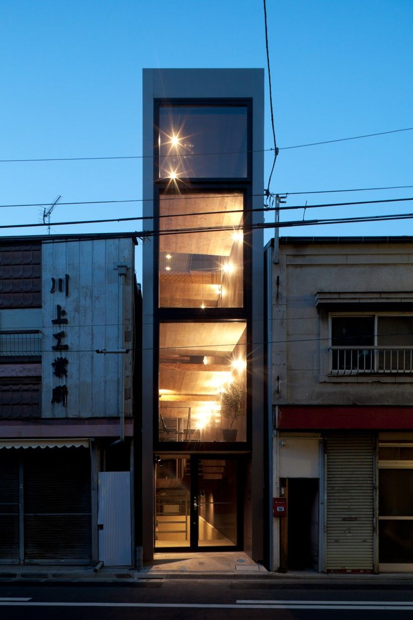 Narrow 1.8m house by YUUA architects