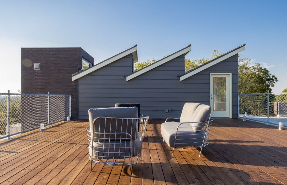 PV14-House-roof-deck-seating