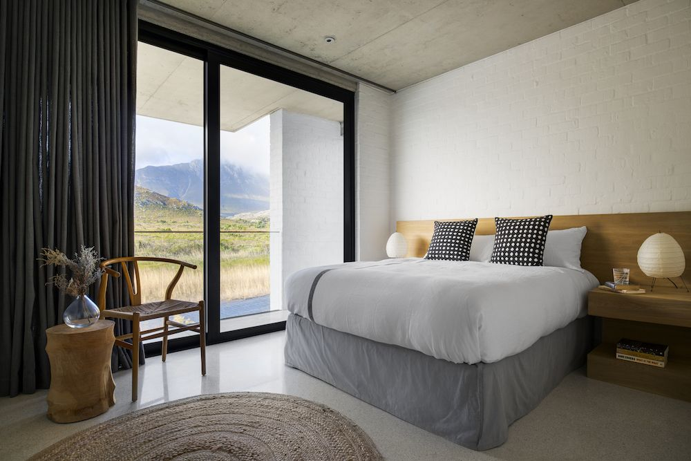 The beautiful views of the mountain valley can be admired from the bedrooms which have their own way of bringing the outdoors in