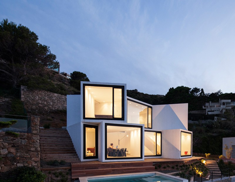Sunflower-House-complete-front-facade