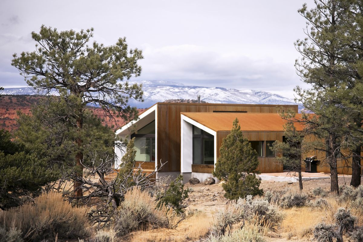 The Capitol Reef Desert Dwelling