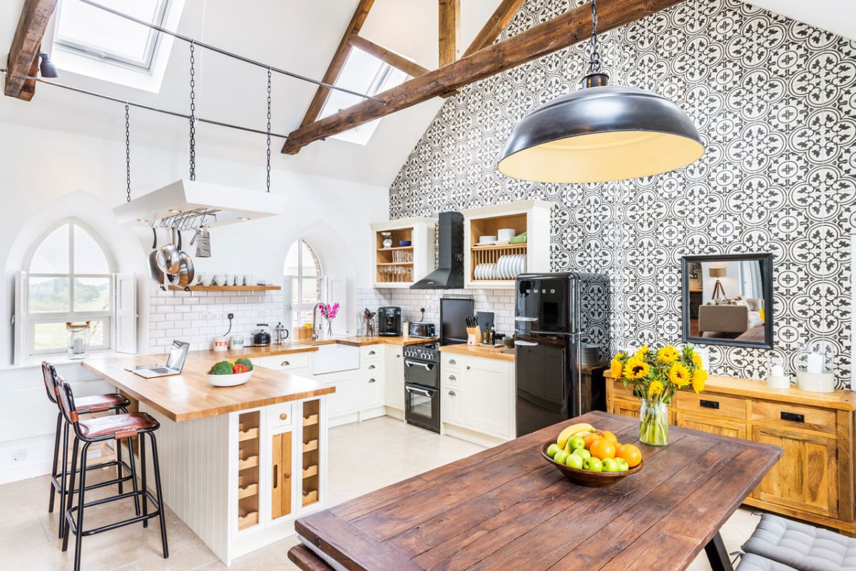 The Chapel holiday cottage kitchen tile wall