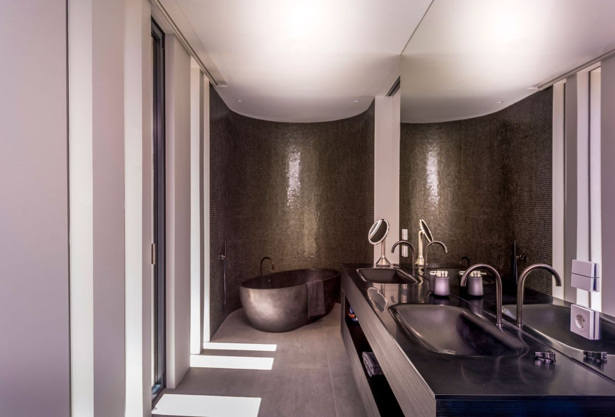 The Cool Blue Villa's luxury bathroom colors and materials