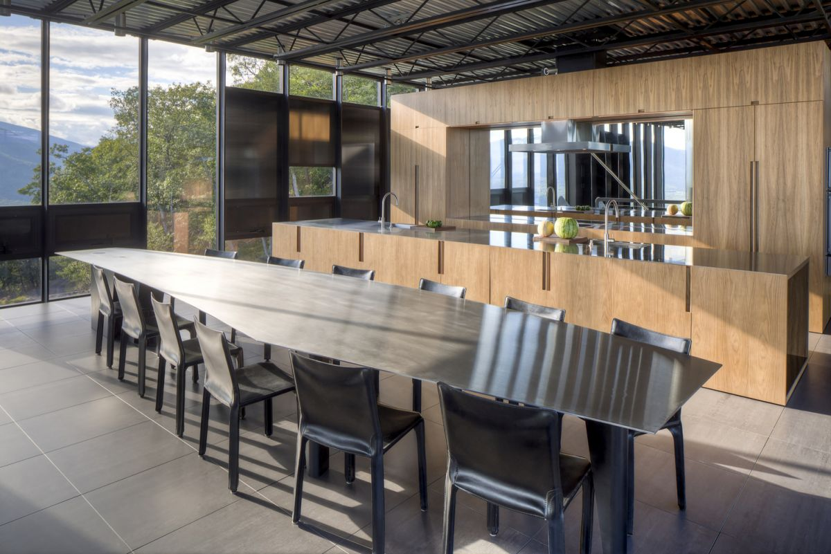 The Shokan House kitchen and dining