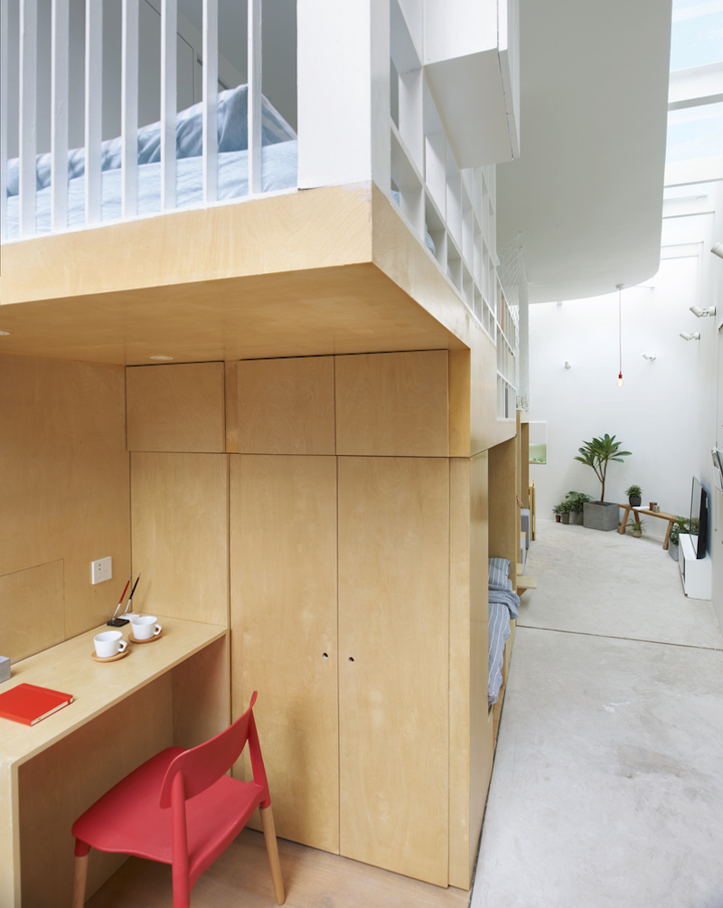Tiny house in Dongcheng small desk