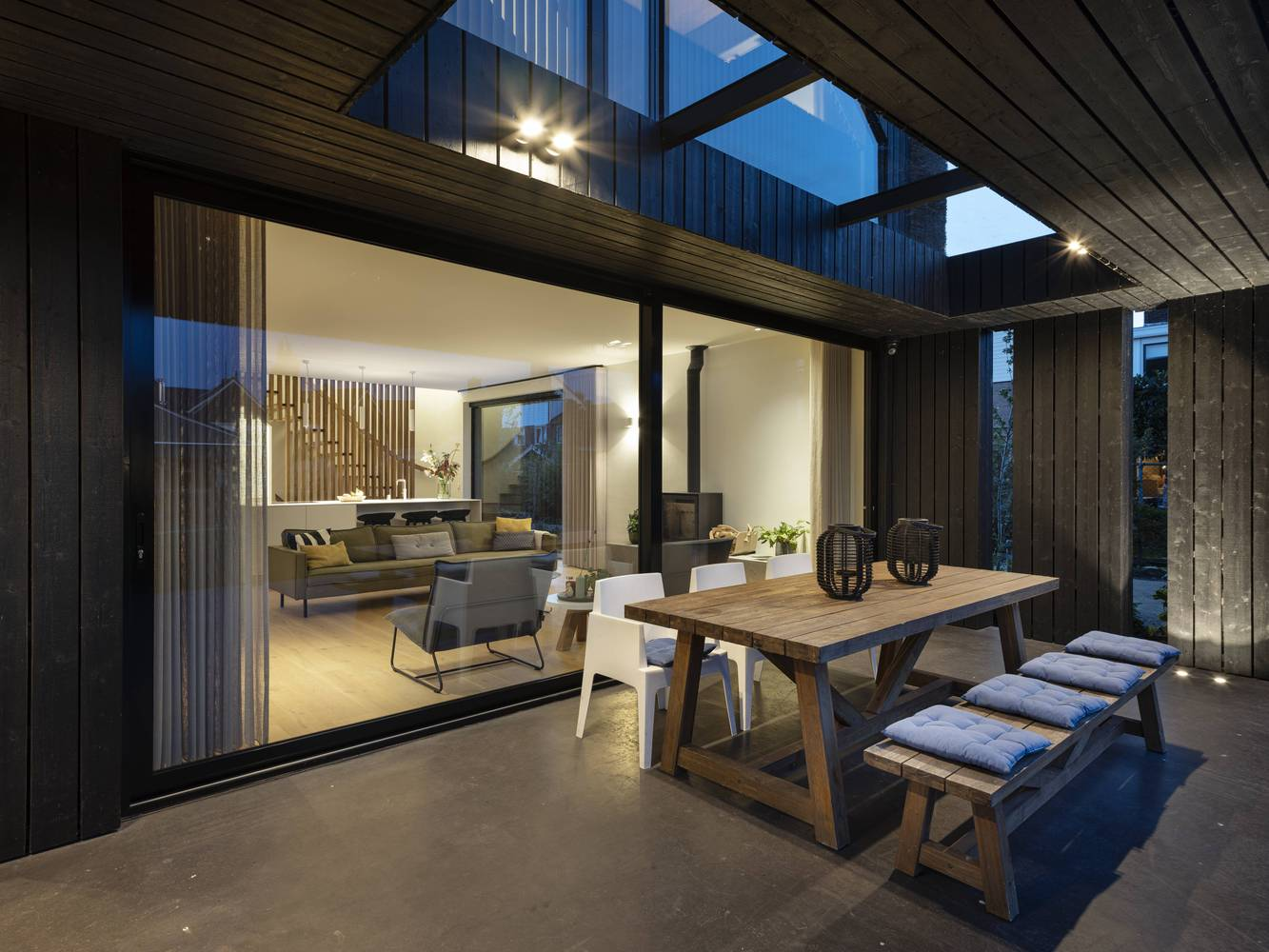 Skylights into the roof of the deck allow it to be bathed in natural light