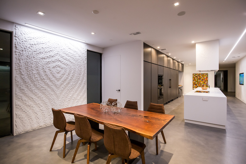 Wave House kitchen and dining area