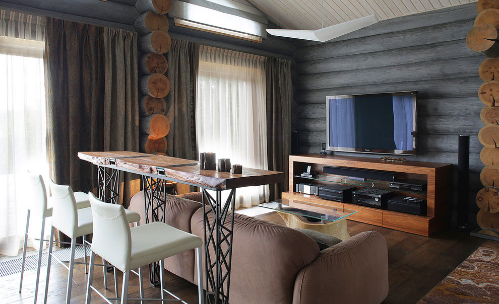 Wooden-Cottage-sitting-area