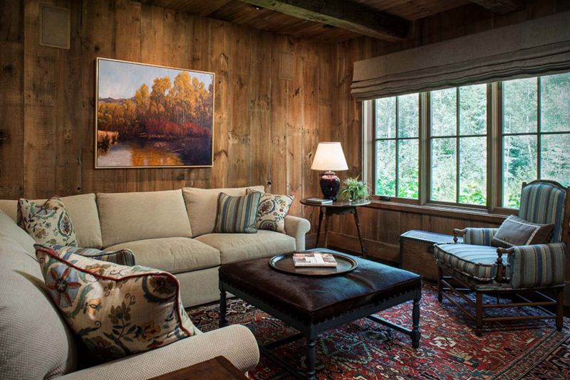 Woodland chalet in Idaho seating area