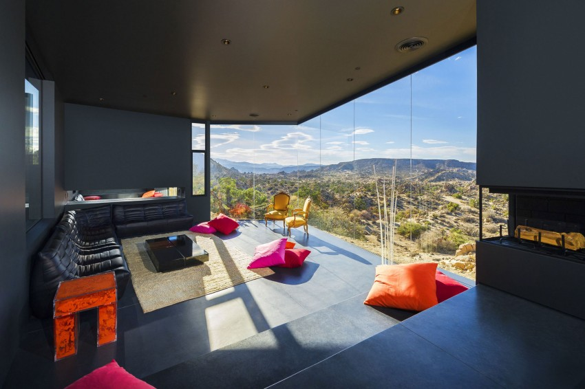 Yucca Valley House living