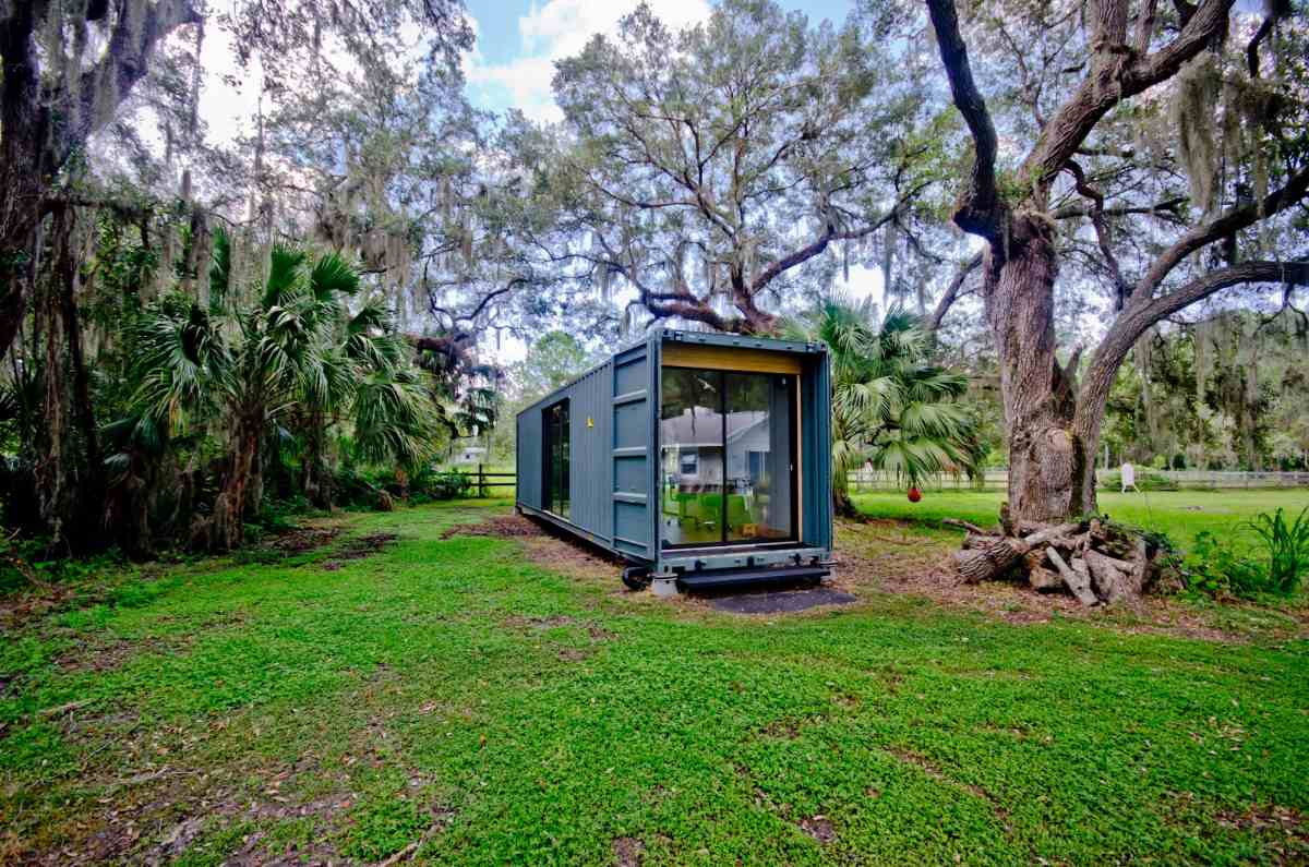 Because the house is so small, is can comfortably fit in a backyard or can be taken to a beautiful location in the middle of nature