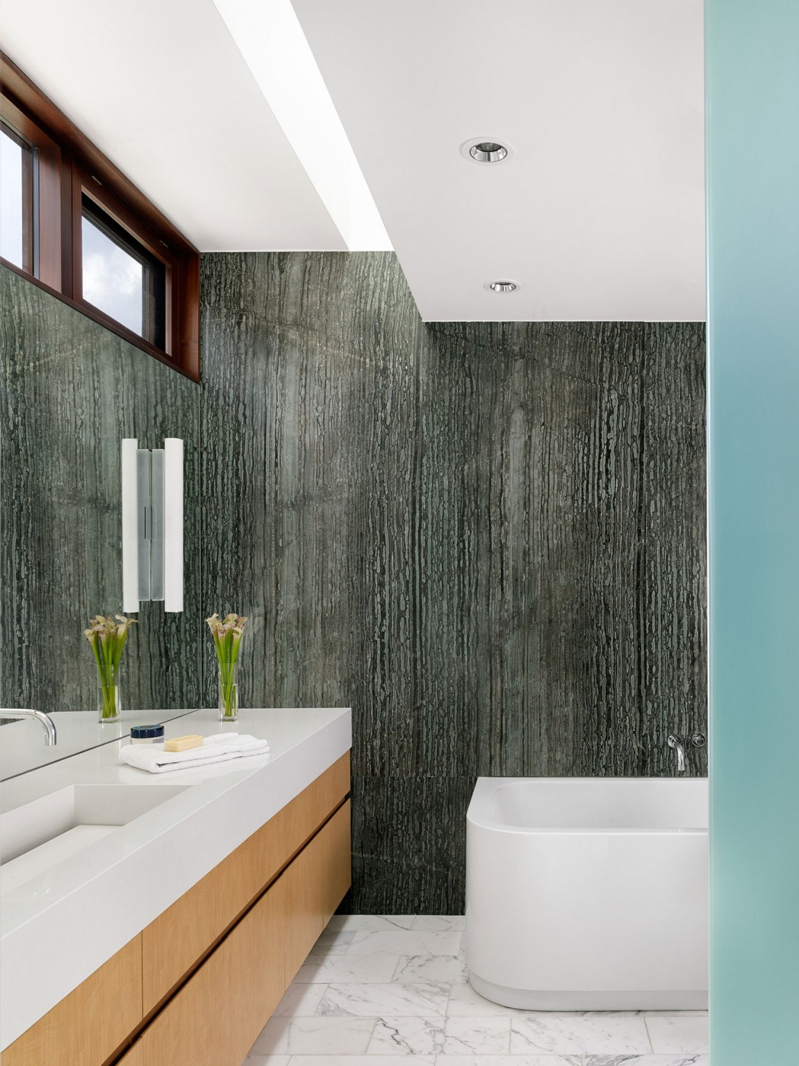 lake view residence bathroom colors and finishes