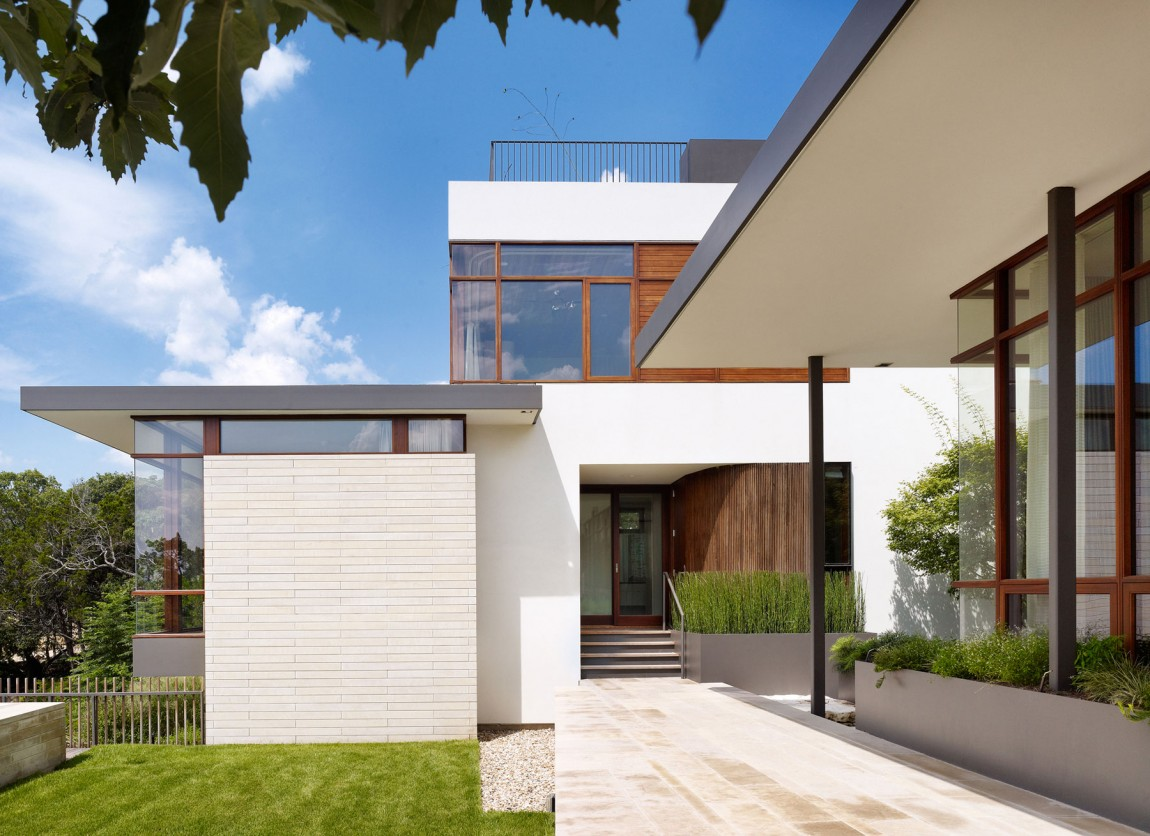 lake view residence exterior facade and architecture