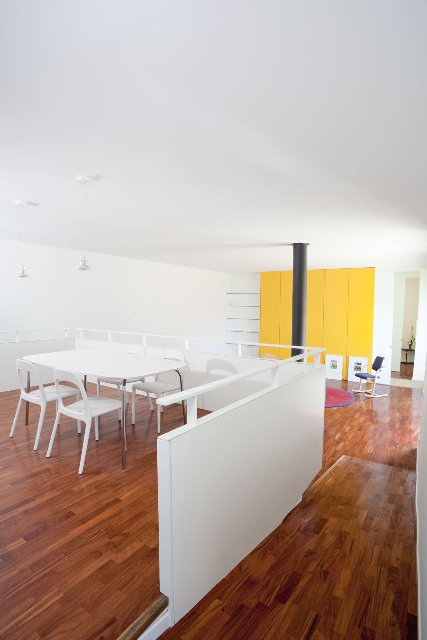pyrenees home for two social area